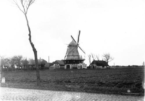 1926MarieMoelle2